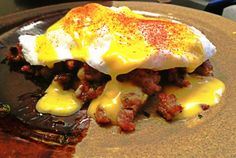 Bringing bACK Breakfast: Poached Eggs over Zucchini-Sausage Hash with Garlic Infused Hollandaise | Nourishing Nantucket