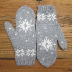 1/10 January Mittens Finished!
