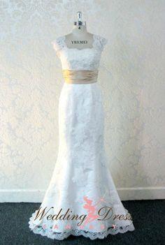 Pretty Lace Wedding Dress Trumpet Style by WeddingDressFantasy
