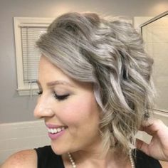 6 Cute & Easy Hairstyles for Short Hair | My Cancer Chic, Short hair can be so much fun when you get comfortable experimenting. Here are 6 cute and easy hairstyles for short hair