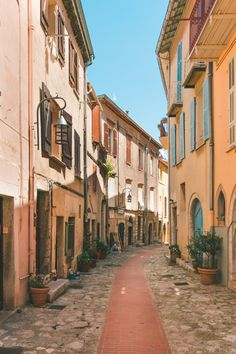 Travel dreams: Photo Diary: La Turbie, France // Roman Roots on the French Riviera Journal Photo, Places To Travel, Places To Visit, Travel Destinations, Shotting Photo, Northern Italy, Photo Diary, Travel Aesthetic, Aesthetic Photo