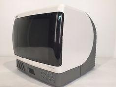 RARE Vtg RCA Color Television TV Radio Bubble Space Age White Retro Mid Modern | eBay Tv On The Radio, Tv Radio, Color Television, Space Age, Retro Vintage, Bubbles, Modern, Audio, Amazing