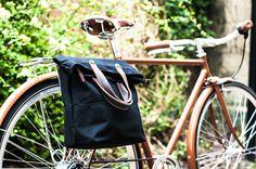 Schwarz / Braun Tote Pannier / Fahrradtasche von Alban Fahrradtaschen auf DaWanda.com