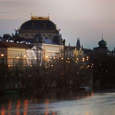 We were lucky enough to visit #CharlesBridge in #Prague at dusk.  It was still crowded full of people taking selfies of themselves but looking out over the Vltava river was just stunning with the city lights reflected in the water.  I believe this is the Smetana Museum. The Charles Bridge is an historic bridge. Its construction started in 1357 under King Charles IV and finished in the beginning of the 15th century.  And it is definitely worth visiting not only for the stunning views of…