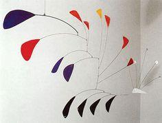 """Alexander Calder, mobile, Le Paon, 1941 vu à lexpo """"Les futurs"""" la Vieille Charité Marseille"""