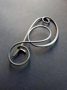 Diy Jewellery Designs, Jewelry Design, Jewelry Ideas, Wire Wrapped Jewelry, Wire Jewelry, Jewelery, Hair Slide, Hair Beads, Jewelry Making