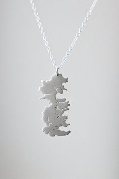 So awesome... Game of Thrones Jewelry Westeros Map Necklace by AubergDesigns Too bad it's $160! :-/