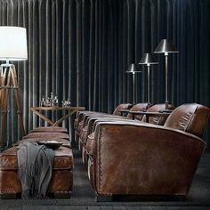 From rustic leather to modern fabrics, discover the top 70 best home theater seating ideas. Explore movie room furniture layouts and designs.