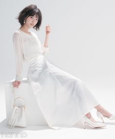 favd_petashi-March 30 2018 at Asian Woman, Asian Girl, Tight Dresses, Formal Dresses, Japan Fashion, Portrait Photography, Cool Outfits, Bell Sleeve Top, White Dress