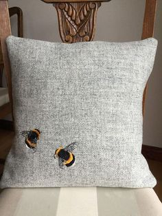 Bumble Bees Harris Tweed Cushion - Home Decoration Vêtement Harris Tweed, Bee Art, Embroidered Cushions, Bee Happy, Bees Knees, Soft Furnishings, Home Accessories, Sweet Home, Throw Pillows