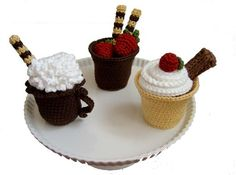 Large Cordial Cup - crochet free pattern