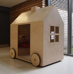 KinderWagon, by Applied Sense Design & Architecure Mobile Play house for <4yr infants.