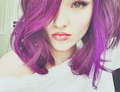 Dove Cameron I LOVE THIS PORTRAIT AND CAMERON'S BEAUTIFUL HAIR COLOUR N STYLE. YOU LOOK SMASHING DARLING. Sal Peyton