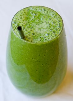 Green smoothie using frozen coconut water ice cubes. Why didn't I think of that?! Can't wait for my blender to arrive!