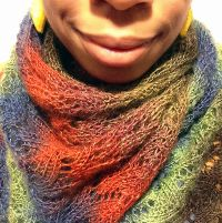 Knitting: Horseshoe Stitch Button Scarf