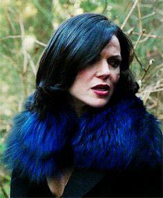 ouat 3x16 #regina - the hair flip she does around Robinn #outlaw queen