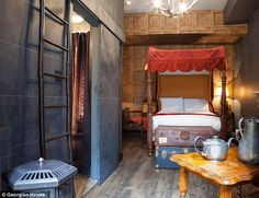 Harry Potter-themed hotel rooms in Victoria
