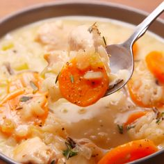 Creamy Chicken & Rice Soup Looking for the best Panera cream of chicken soup? This recipe is the best. Chicken Soup For Colds, Creamy Chicken Rice Soup, Creamy Rice, Chicken Orzo, Panera Chicken Rice Soup Recipe, Chicken Curry, Lemon Chicken, Crack Chicken, Creamy Cheese