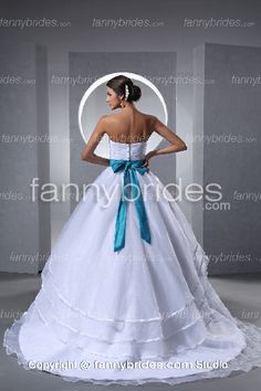 Blue wedding dresses meaning of flowers