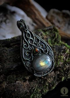 Fantasy pendant  Healing energy  Labradorite  by EarthaCreations