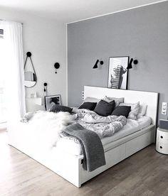 White Bedroom Decor, Room Ideas Bedroom, Home Bedroom, Modern Bedroom, White Bedrooms, Bedroom Black, Grey Room Decor, Light Gray Bedroom, Trendy Bedroom