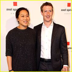 Mark Zuckerberg Defends 'Black Lives Matter' in Memo to Facebook ...