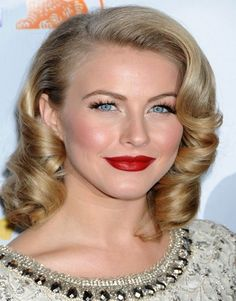 How to style medium length hair, Curled Style