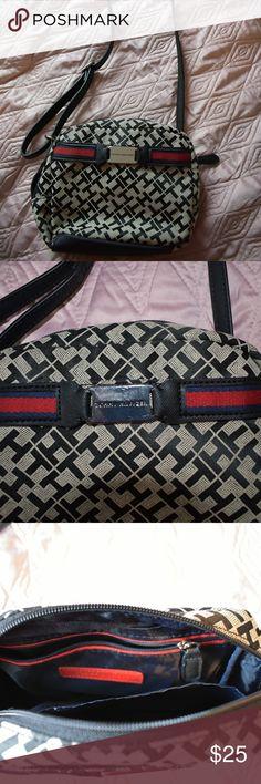 Tommy Hilfiger crossbody bag Literally new. Never been used. Its a small crossbody bag. Tommy Hilfiger Bags Crossbody Bags