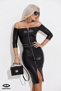 Lover of gorgeous women in sexy clothes. Eclectic in taste and easy going, always nice to speak with likeminded people, specially women. Tight Dresses, Sexy Dresses, Hot Outfits, Fashion Outfits, Sexy Women, Women Wear, Leder Outfits, Black Leather Dresses, Leather Fashion