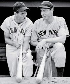 Ted Williams, left, and Joe DiMaggio, outfielders for the Boston Red Sox and New York Yankees respectively, compare bats before a game at Yankee Stadium in New York Yankees, Yankees And Red Sox, Damn Yankees, Joe Dimaggio, Baseball Photos, Sports Baseball, Baseball Players, Angels Baseball, True Stories
