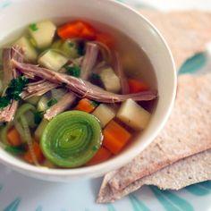 Har du rester av pinnekjøtt fra julemiddagen? Restaurant LOKK sin populære pinnekjøtt-suppe er den beste måten å bruke restene.