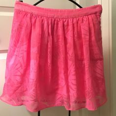 Lily Pulitzer pink skirt size 4 Lily Pulitzer Pink skirt size 4. Great condition! Super cute for the spring and summer! Lilly Pulitzer Skirts