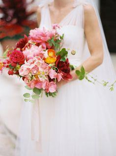 bright bridal bouquet - photo by nbarrett photography http://ruffledblog.com/texas-garden-wedding-at-dallas-arboretum