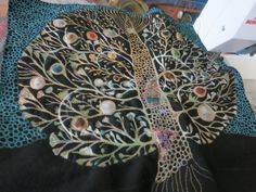 Free Motion Embroidery, Wool Embroidery, Free Machine Embroidery, Free Motion Quilting, Machine Quilting, Yarn Painting, Thread Painting, Textiles, Fabric Manipulation