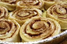 Pioneer Woman's Cinnamon Rolls Pioneer Woman's Cinnamon Rolls - Saving Room for Dessert<br> Tender, flaky, buttery, sweet and loaded with cinnamon Crockpot Cinnamon Rolls, Sourdough Cinnamon Rolls, Quick Cinnamon Rolls, Overnight Cinnamon Rolls, Homemade Cinnamon Rolls, Pioneer Woman Cinnamon Rolls, Pioneer Woman Bread, Pioneer Girl, Gourmet