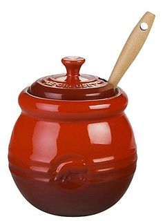 Le Creuset Cherry Stoneware Barbeque Pot with Silicone Brush Le Creuset Sale, Cocotte Le Creuset, Le Creuset Stoneware, Kitchen Canisters, Kitchenware, Tableware, Kitchen Utensils, Kitchen Shop, Kitchen Corner