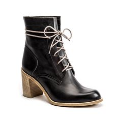 The women's 'Isabella Boot' from Nashville designer Peter Nappi. #Nashville #MusicCity