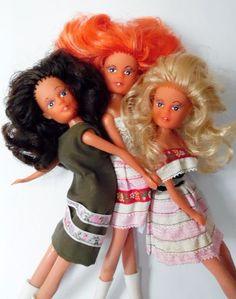 Klinika lalek: Skarb pod wycieraczką sąsiada*- czyli lalka Liza odnaleziona.
