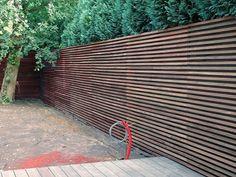 Thermowood horizontale latten voor bekleding gevel tuinhuis (idee voor terras?)