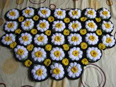 Cool tutorial: Crocheted Daisy Rug - Meladora's Free Crochet Patterns & Tutorials