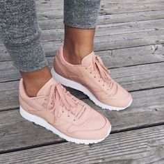 Pinterest // @SHELLIESKILLEN www.shellieskille... WOMEN'S ATHLETIC & FASHION SNEAKERS http://amzn.to/2kR9jl3