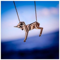 Unicorn pendant necklace (910 HRK) ❤ liked on Polyvore featuring jewelry, necklaces, unicorn necklace, unicorn pendant necklace, unicorn jewelry, emerald pendant necklace and emerald jewelry