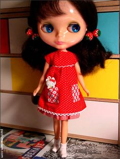 Blythe Empire Dress ~ free pattern, here >>> http://www.puchicollective.com/sewing-patterns/blythe-empire-dress/