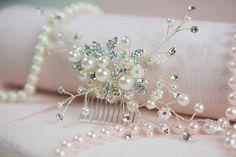 Handmade Pearl Bridal Hair Comb Bride Hair Accessories Vintage Bridal Comb Boho Vine Hair Comb