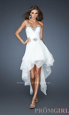 Another high-low reception dress with a detachable bottom!! So nice and beautiful!!