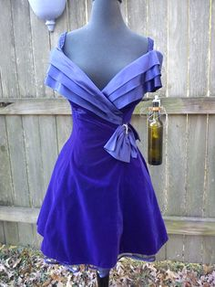 Off the Shoulder 80s Prom Dress by LA Glow in by gottagovintage1, $38.00
