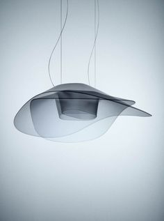 Fly Fly by Ludovica and Roberto Palomba for  Foscarini. Lamp created with a polycarbonate injection moulding technique that guarantees 360° lighting.  #Injeccio