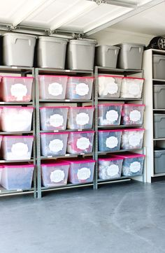 LOVE this garage organization! The labels and bins are amazing! Click for…