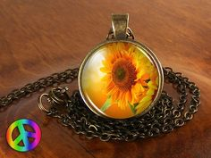 Sunflower Nature Flower Antique Vintage Necklace Pendant Jewelry Charm Gift