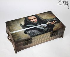 Exclusive tea box, tea,  tea bag,  box, wood,Lord of the Rings, Thorin by ultroviolet. Explore more products on http://ultroviolet.etsy.com